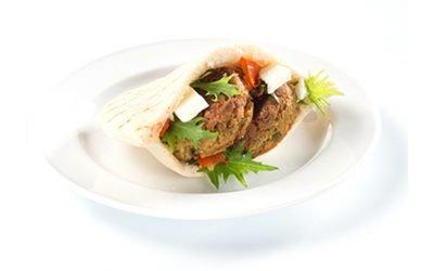 Easy Vegetarian Falafel Pita